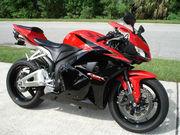 Модель Honda CBR 600RR Класс Спорт
